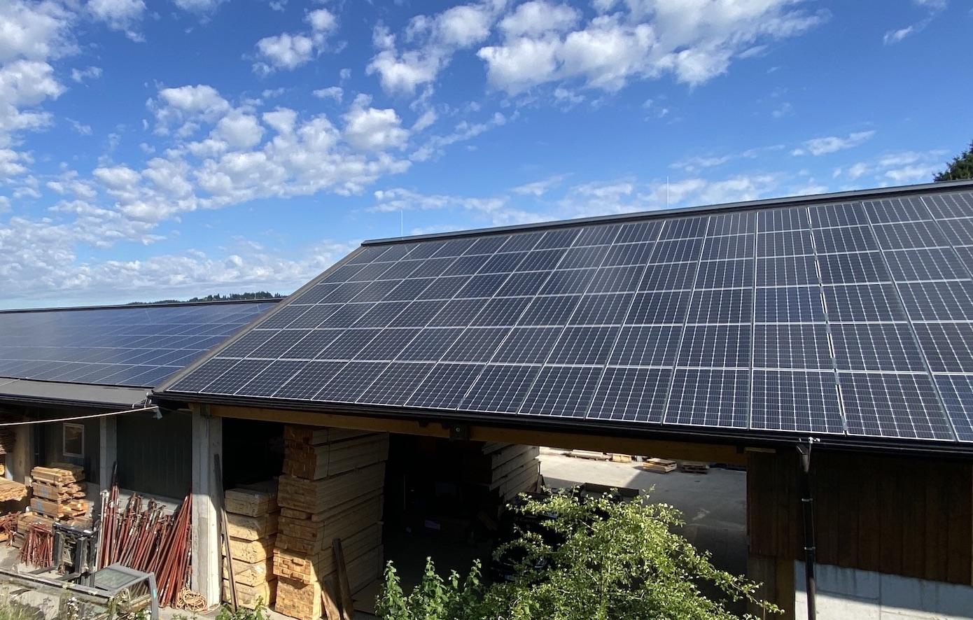 Die Schobergruppe aus Friedburg erzeugt  90 % des benötigten Stroms mit Photovoltaikanlage